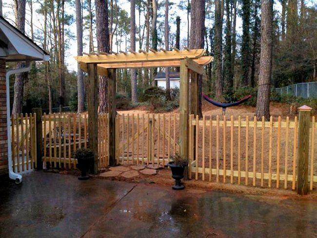 Akridge Fence Cedar Wood Fencing Privacy Fence Yard